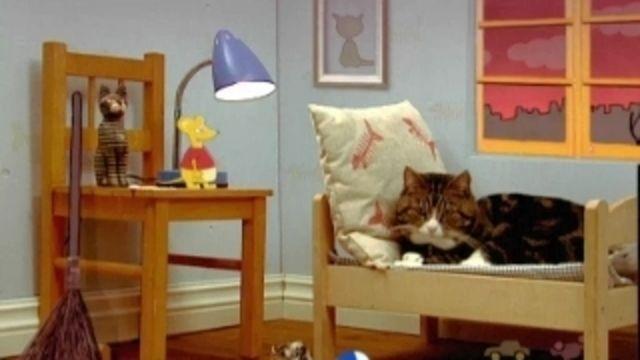 Katten, musen, tiotusen - finska : Om fyra