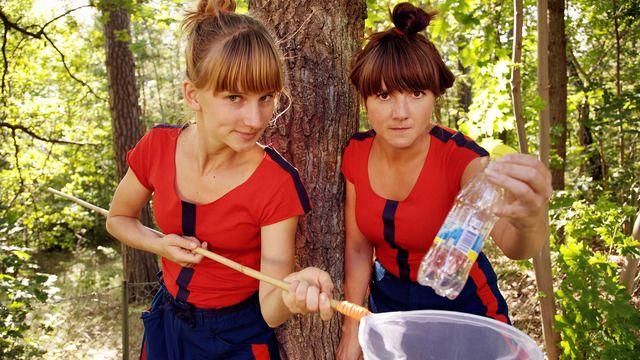 Barr och Pinne räddar världen : Återanvändning