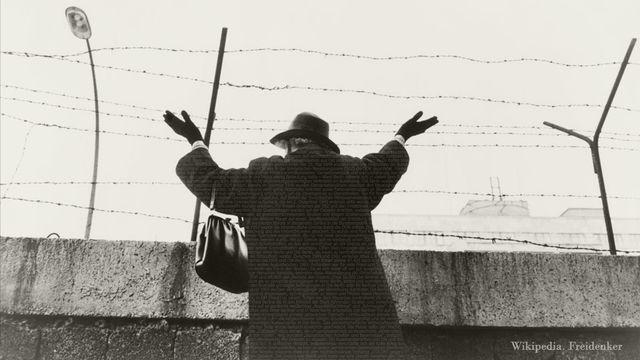 Anaconda Gesellschaft : Berlinmuren byggs, 1961-1963