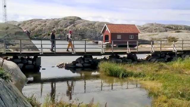 Geografens testamente - eller Den stora Sverigeresan : De tusentals öarna