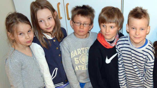 Radioskrivarklubben - nordsamiska : Rosa pantern och talande dörren Uksa