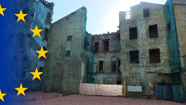 Bildningsbyrån EU : Euron, en framgångssaga?