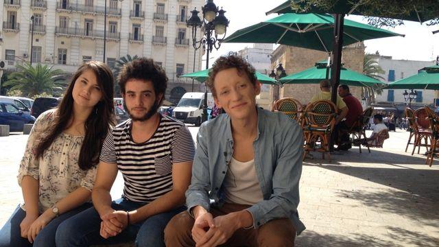 Alors demande ! : Être jeune à Tunis
