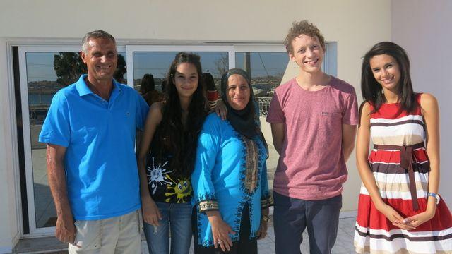 Alors demande ! : L'amitié et la famille en Tunisie