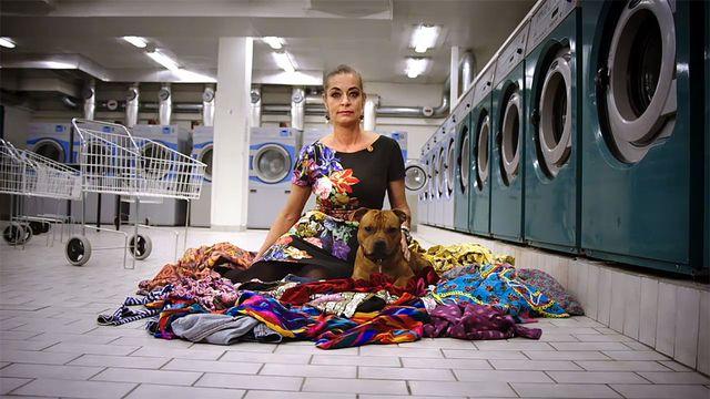 Kvalitet - syntolkat : I tvättstugan