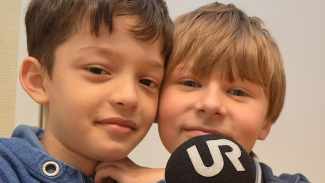 Radioskrivarklubben : Trazans kotträkningar