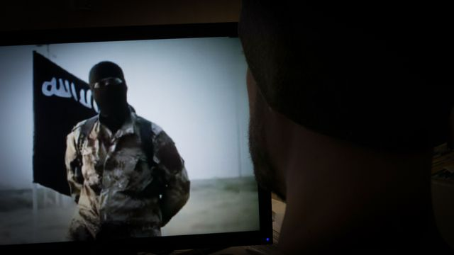 Skolministeriet : Kan skolan stoppa terrorresorna?