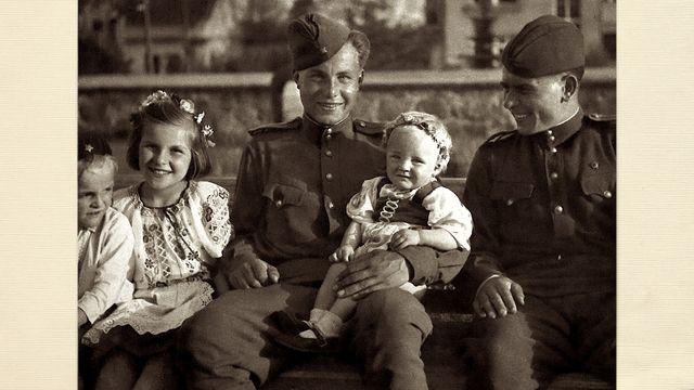 Tulpanlökar till middag : Soldater med järn under fötterna