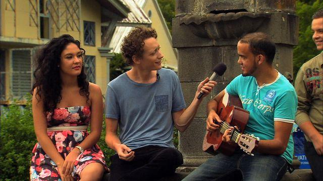Alors demande ! : Être jeune à la Réunion