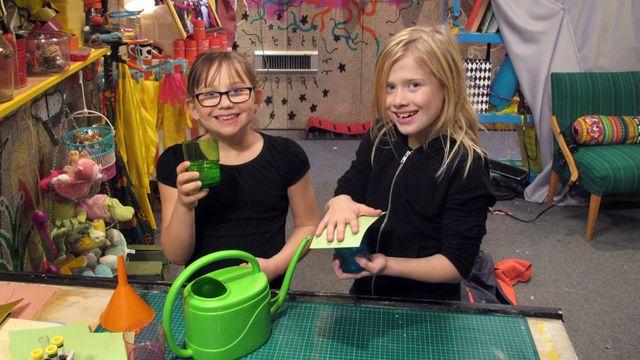Superhemligt - teckenspråk : Vattenglasbuset - Hur fungerar lufttryck?