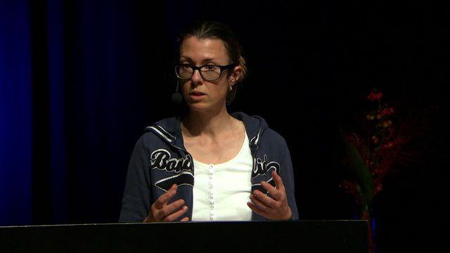 UR Samtiden - Malmöforskare föreläser 2015 : Varför slog Facebook men inte minidisc?