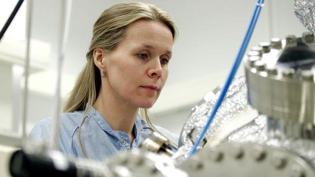 Forskare för framtiden : Atompyssel