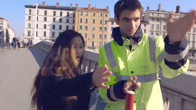 Alors parle ! : Demander les directions