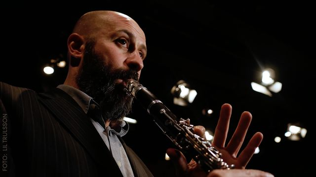 Barnlåtar om ljud : Objekt och klarinett