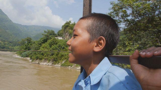 Uppdrag skolväg : Anish i Nepal