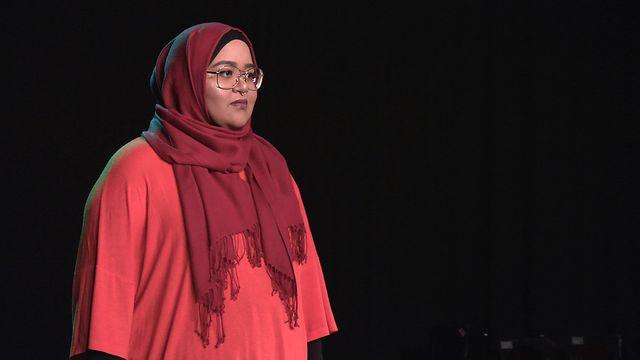 Scener ur Svenska hijabis : Beslutet