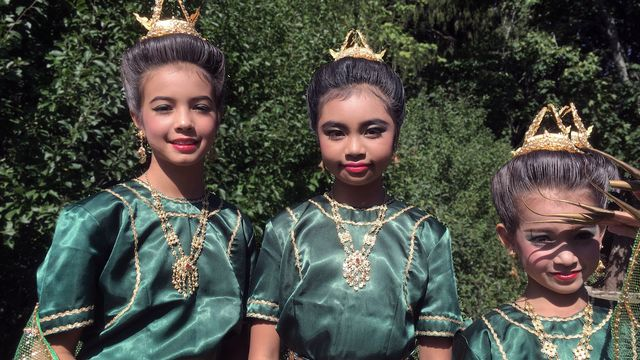 Högtider : Songkran med Linnéa, Alice och Yasmine