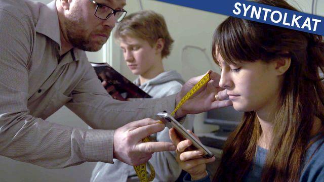 Kolla myten - syntolkat : Blir du närsynt av mobilen?