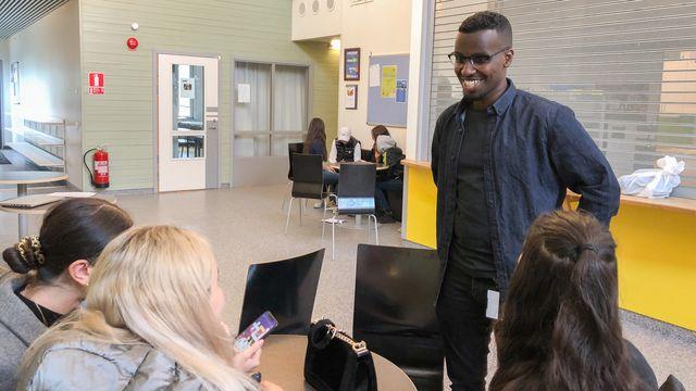 Skolministeriet : Vad ska lärarassistenterna göra?