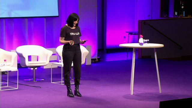 UR Samtiden - Women in tech 2019 : Bli vän med din telefon