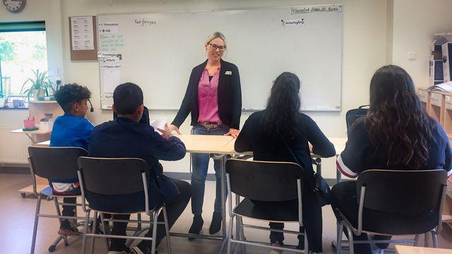 Skolministeriet : Rosengårdsskolan öppnar högstadiet igen