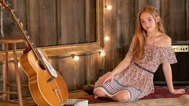 Holly Hobbie Musikvideor : Your own drum