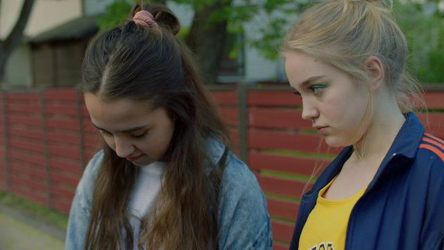 Kortfilmsklubben - finska : Tyttöbileet