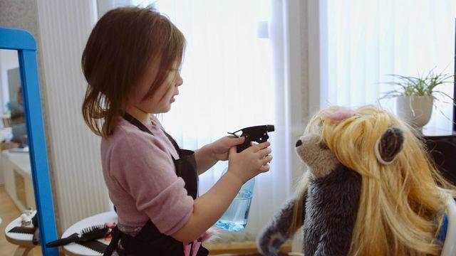 Brillebjörn : Frisersalongen