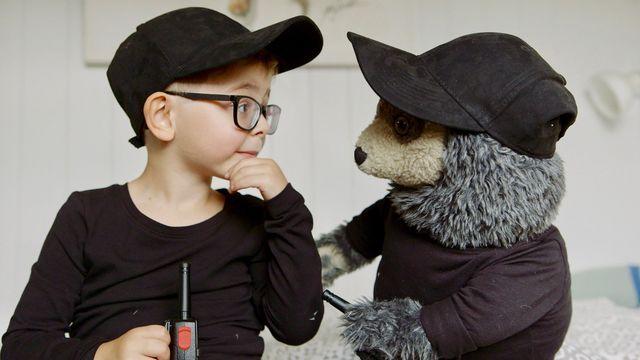 Brillebjörn : Spioner på uppdrag