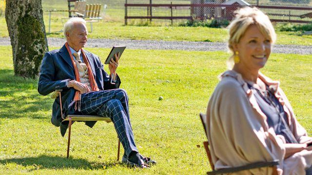 Seniorsurfarna : Socialt på distans
